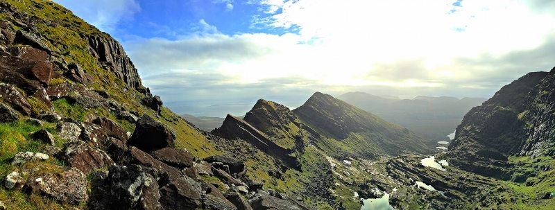 Mountain_Brandon_View_of_Faha_Ridge_from_the_ladder_Tralee_Dingle_Kerry_Bay_Area_Wild_Atlantic_Way_Ireland