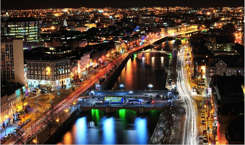 dublin-city-lights-at-night-Ireland-ernie-watchorn1