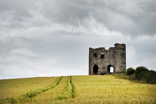 Burt Castle Inishowen Donegal Things To See And Do