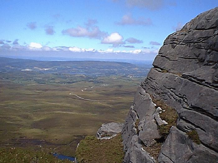 cuilcagh mountain loop walk and legnabrocky trail marble arch park