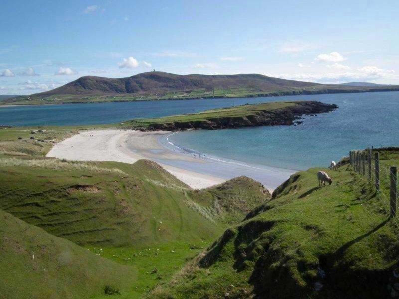 Inishbiggle Island, Co Mayo, Wild Atlantic Way, Ireland photo from erris-beo-explore-Carrowteigue-photo-of-the-beach-in-Ceathru-Thaidhg-01-1024x768