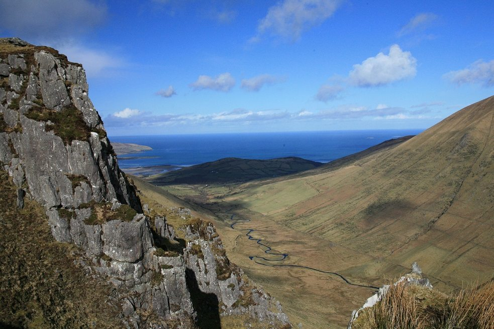 Beenbo Maghanaboe Valley on the Dingle Peninsula near Tralee, Wild Atlantic Way, Ireland - Hiking Trails
