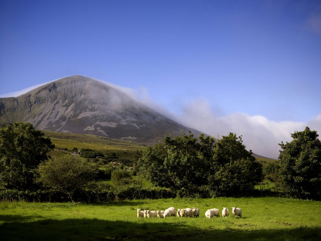 croagh patrick mountain walk and pilgrimage path route map westport