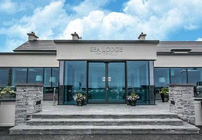 Sea_Lodge_Hotel_Waterville_Kerry_Front-Door_Wild_Atlantic_Way_Ring_of_Kerry